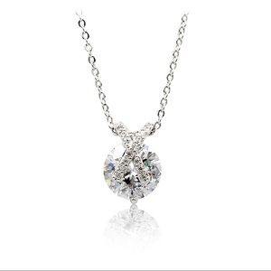 Fashion silver mini X front crystal necklace